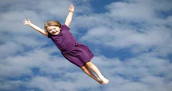تعبیر خواب پرواز کردن ، انسان بدون بال از نظر روانشناسی و به هوا رفتن و بی وزنی