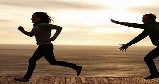 تعبیر خواب دویدن از ترس ، در خیابان با سرعت بالا در جاده و کوچه با دوست در باغ