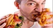 تعبیر خواب غذا خوردن ، و سیر نشدن با معشوق در رستوران و پس مانده غذای دیگران