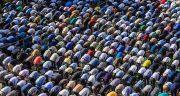 تعبیر خواب نماز جماعت ، دیدن صف نماز جماعت و نماز خواندن در قبرستان شخص دیگر