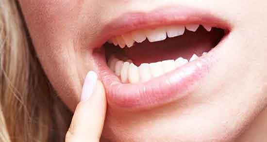 تعبیر خواب افتادن دندان عقب ، و روکش دندان و بی دندان شدن و روانشناسی