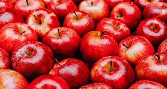 تعبیر خواب سیب قرمز گرفتن از دیگران ، از مرده و هدیه گرفتن سبد سیب
