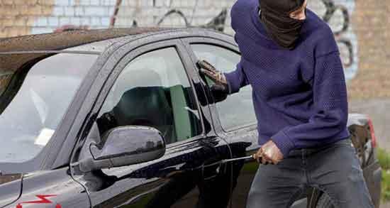 تعبیر خواب دزدیدن ماشین ، دیگران و پیدا شدن امام صادق و پراید امانتی