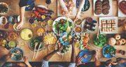 تعبیر خواب مهمانی و سفره غذا ، و رفتن به مهمانی و غذا خوردن در خواب چیست