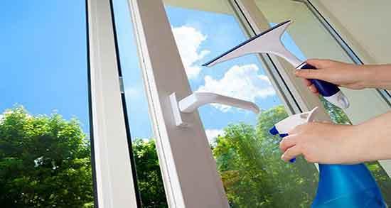 تعبیر خواب شستن شیشه پنجره ، و دستمال کشیدن شیشه در خواب چیست