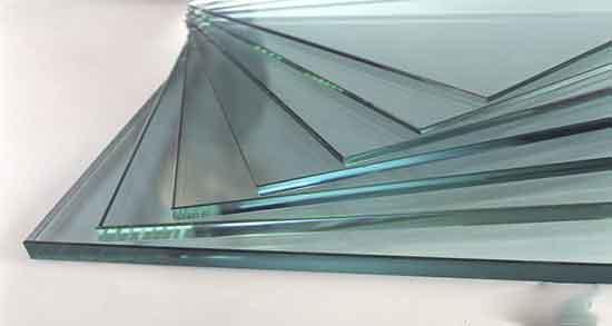 تعبیر خواب شیشه پنجره ، و شکستن شیشه با سنگ و خورده روی زمین با توپ