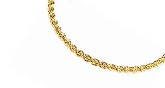تعبیر خواب زنجیر طلا ، بریا زن باردار هدیه دادن و گردنبند طلا برای دختر مجرد