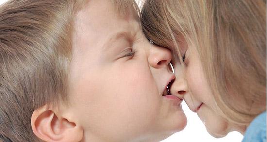 تعبیر خواب تف دهان ؛ معنی دیدن تف دهان در خواب های ما چیست