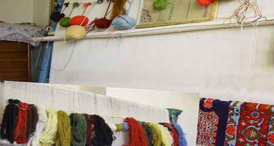 تعبیر خواب فرش بافتن ، معنی بافتن فرش و نخ کاموا در خواب چیست