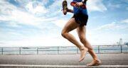 تعبیر خواب پا برهنه دویدن ، معنی دیدن کسی با پای برهنه که می دود پیست