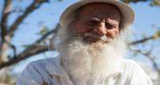 تعبیر خواب پیرمرد سفید پوش ، معنی دیدن پیرمرد سفید پوش در خواب ما چیست