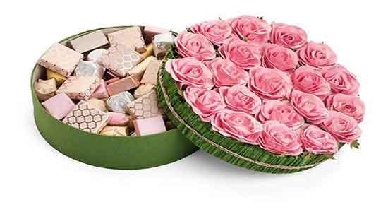تعبیر خواب گل و شکلات ، معنی دیدن گل و شکلات در خواب ما چیست