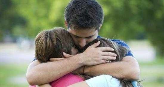 تعبیر خواب آغوش پدر ، معنی دیدن آغوش پدر در خواب های ما چیست