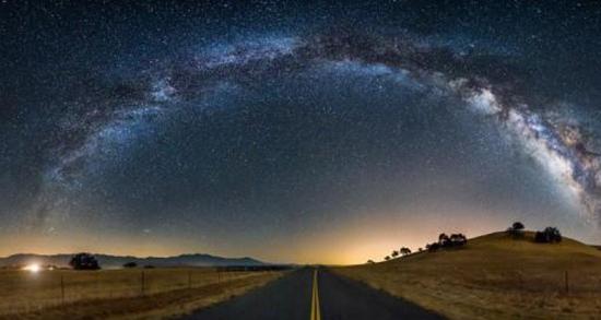 تعبیر خواب آسمان سیاه ، معنی دیدن آسمان سیاه در خواب های ما چیست