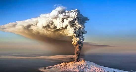تعبیر خواب آتشفشان کوه ، معنی دیدن آتشفشان کوه در خواب های ما چیست
