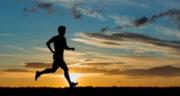 تعبیر خواب دویدن در تاریکی ، معنی دیدن دویدن در تاریکی در خواب های ما چیست