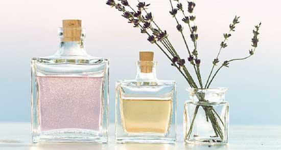 تعبیر خواب خرید عطر ، معنی دیدن خرید عطر در خواب های ما چیست