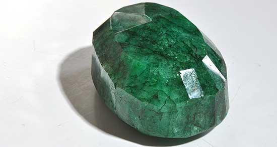 تعبیر خواب زمرد سبز ، معنی دیدن زمرد سبز در خواب های ما چیست
