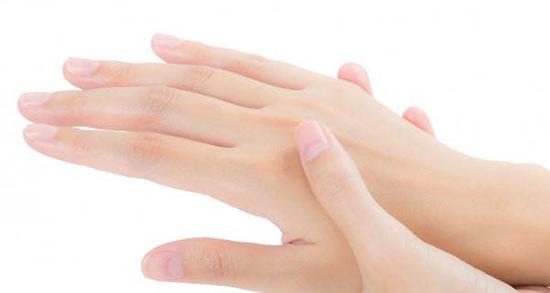 تعبیر خواب کپک زدن دست ، معنی کپک زدن دست در خواب های ما چیست