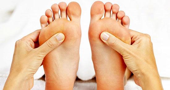 تعبیر خواب کپک زدن پا ، معنی کپک زدن پا در خواب های ما چیست