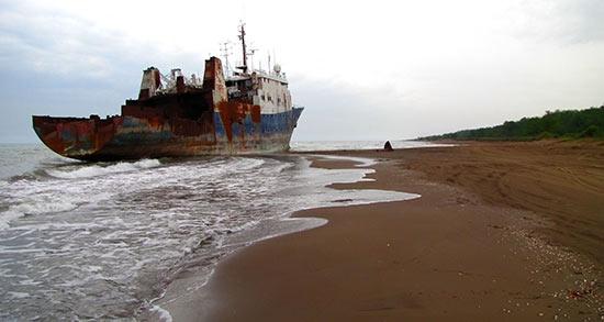تعبیر خواب کشتی روی خشکی ، معنی دیدن کشتی روی خشکی در خواب چیست