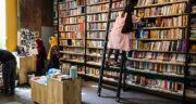 تعبیر خواب کتابهای زیاد ، معنی دیدن کتابهای زیاد در خواب های ما چیست