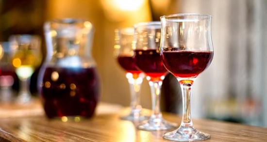 تعبیر خواب شراب خوردن مرده ، معنی شراب خوردن مرده در خواب های ما چیست