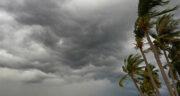 تعبیر خواب طوفان گردباد ، معنی دیدن طوفان گردباد در خواب های ما چیست