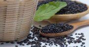 مضرات سیاه دانه ؛ عوارض جانبی مصرف بیش از حد سیاه دانه