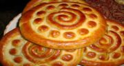 تعبیر خواب کلوچه ؛ پختن در خواب از ابن سیرین و دیدن کیک و کلوچه کاکائویی