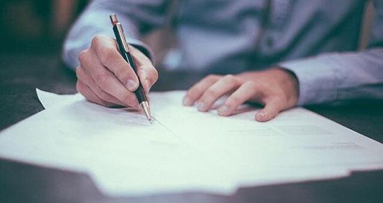 تعبیر خواب نوشتن با خودکار آبی ، معنی نوشتن با خودکار آبی در خواب چیست