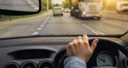 تعبیر خواب رانندگی با ماشین ، معنی دیدن رانندگی با ماشین در خواب چیست