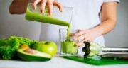آب کرفس در شیردهی ؛ تاثیر آن روی سلامتی فرزند و شفافیت پوست فرزند