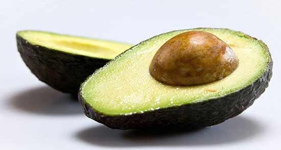 آووکادو گرم است یا سرد ؛ میوه آووکادو از نظر طب سنتی چه طبعی دارد