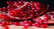 انار و یبوست ؛ دانه های انار حاوی فیبر هستند که از بروز یبوست جلوگیری می کند