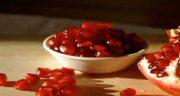 خواص انار در قاعدگی ؛ کمک به منظم شدن چرخه قاعدگی با خوردن انار