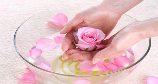 خواص گلاب برای استرس ؛ مصرف گلاب برای کاهش استرس و آرامش اعصاب