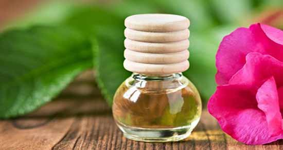 خواص گلاب برای یبوست ؛ مصرف نوشیدنی با گلاب برای درمان یبوست
