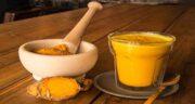 زردچوبه و شیر ؛ یک نوشیدنی مقوی و ضد ویروس برای ایمنی بدن