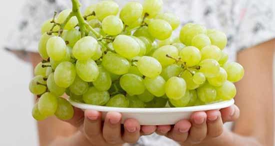 زمان خوردن انگور برای لاغری ؛ بهترین زمان مصرف انگور برای کاهش وزن