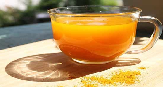 طرز تهیه چای زردچوبه برای پاکسازی کبد ؛ خواص بسیار زیاد چای زردچوبه