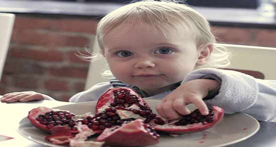 فواید انار برای کودکان ؛ انار برای سلامت و بهداشت دهان و دندان کودکان مفید است