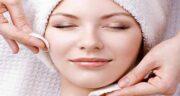 فواید گلاب برای پوست ؛ استفاده از گلاب در ترکیب ماسک های خانگی