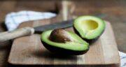 مزایا و مضرات آووکادو ؛ با خاصیت و معایب میوه آووکادو برای بدن بیشتر آشنا شوید
