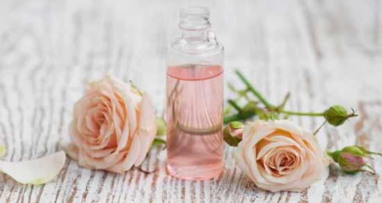 گلاب و گلیسیرین ؛ ترکیبی فوق العاده برای نرم کردن پوست دست و صورت