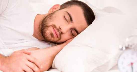 تعبیر خواب آب دهان ریختن ، معنی آب دهان ریختن در خواب های ما چیست