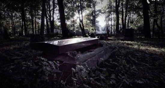 تعبیر خواب دیدن جنازه در تابوت ، معنی دیدن جنازه در تابوت در خواب چیست