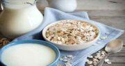 خواص جو پرک و شیر ؛ معجونی مقوی و پر خاصیت با ترکیب جو پرک و شیر