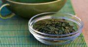 عوارض چای سبز ؛ مضرات خوردن چای سبز برای سلامتی