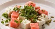 مضرات هندوانه با پنیر ؛ چرا نمی توان پنیر و هندوانه را با هم خورد